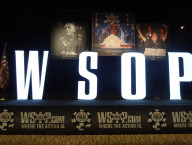 2013-World-Series-of-Poker,-White-Sign