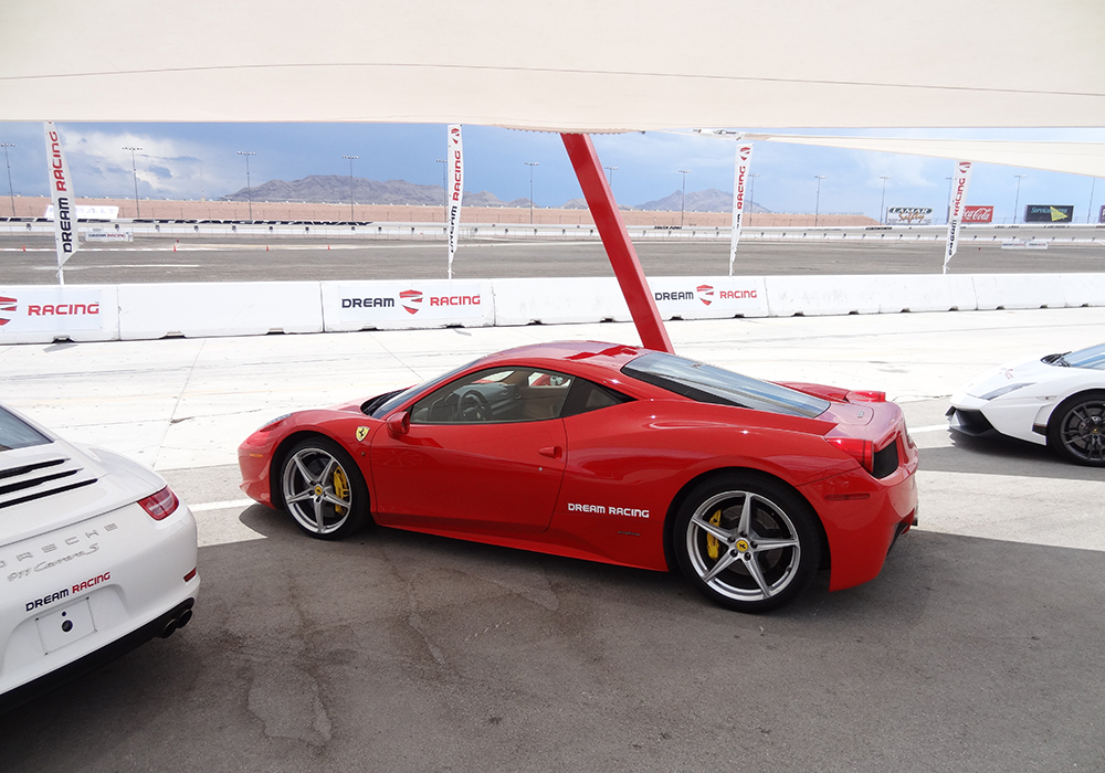 The-Ferrari-458-Italia,-Dream-Racing,-Las-Vegas-Motor-Speedway