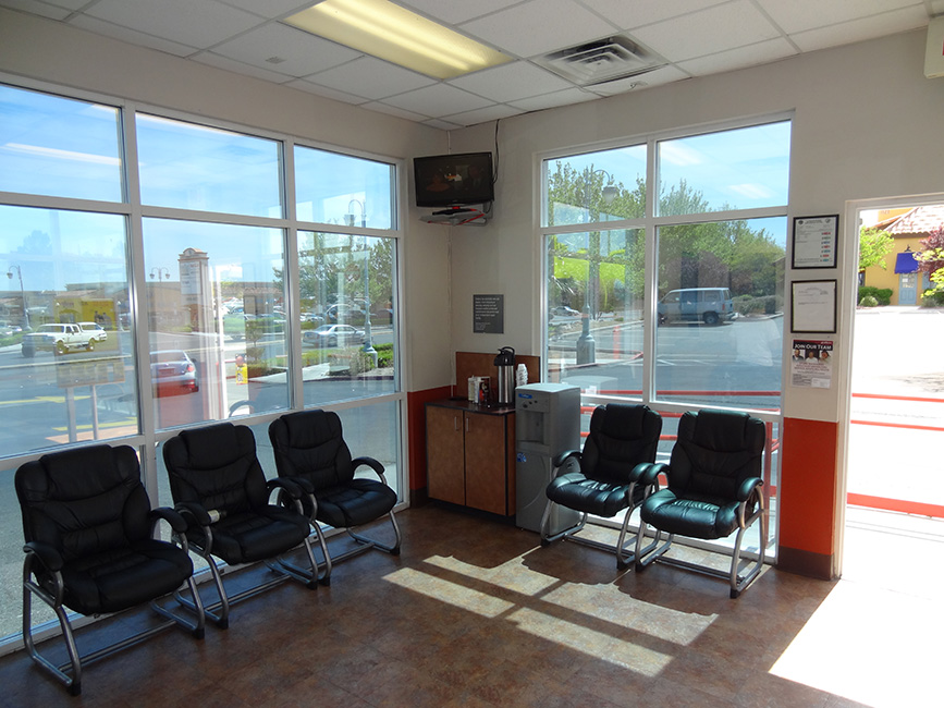 Lounge in Jiffy Lube, Summerlin, Las Vegas