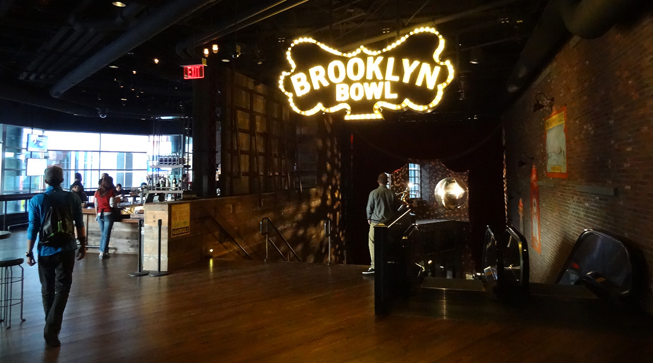 Interior Brooklyn Bowl, LINQ District