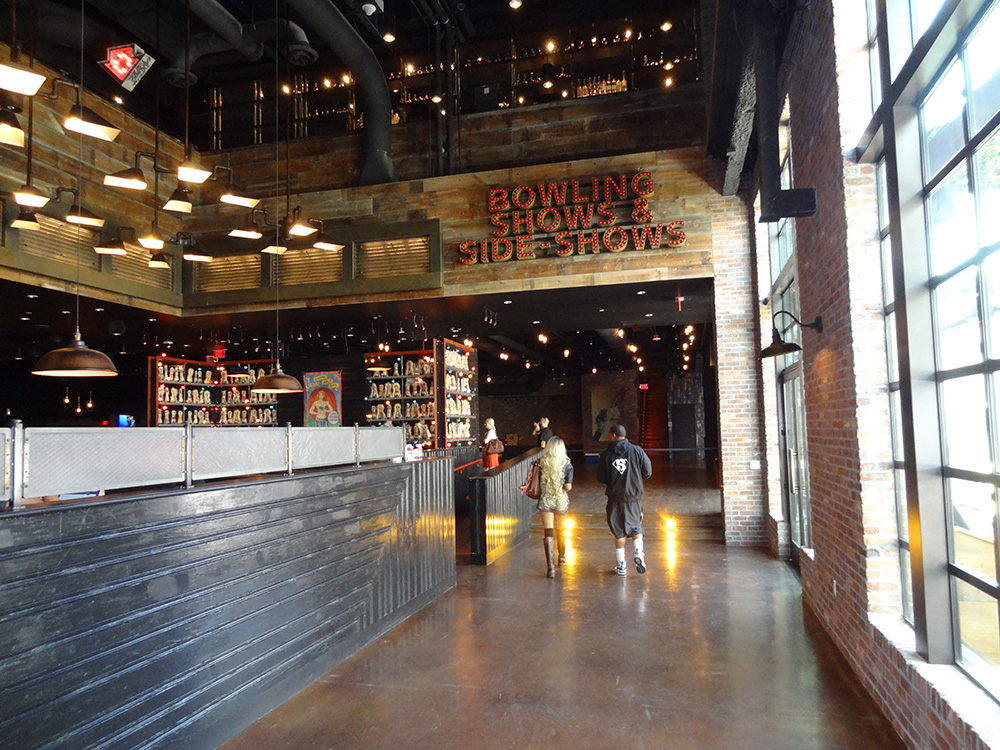 Walking around Brooklyn Bowl, LINQ District, Las Vegas