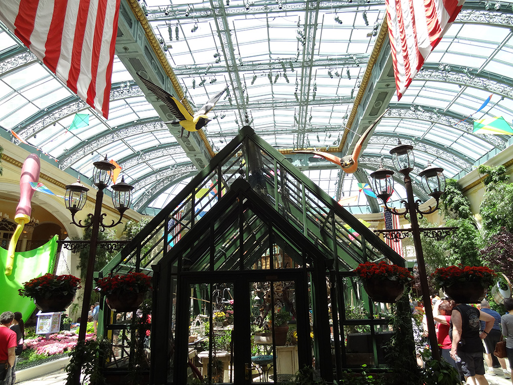 Greenhouse Aviary, Summer Celebration Bellagio Conservatory, Las Vegas 2014