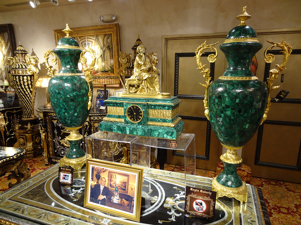 Regis Galerie Upstairs, Luxury Art, Venetian Las Vegas