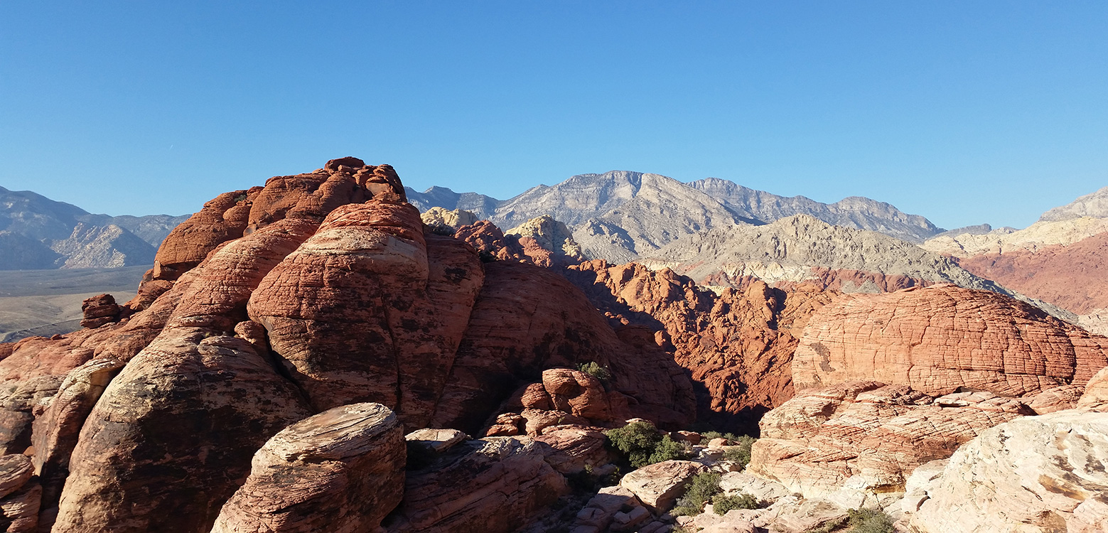 Calico-Hills-Ridgeline,-Red-Rock-National-Park,-Las-Vegas