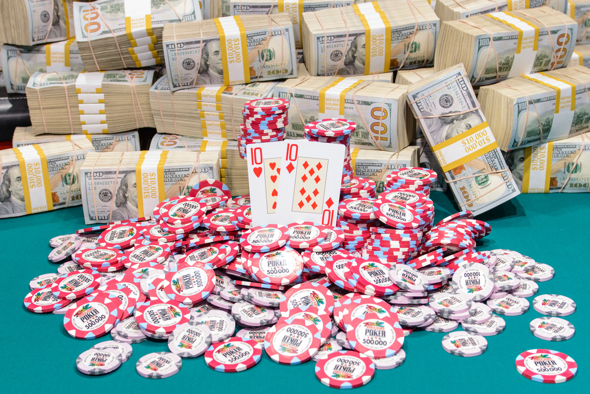 WSOP-Main-Event-Final-Hand,-2015,-Photo-Credit-Jayne-Furman