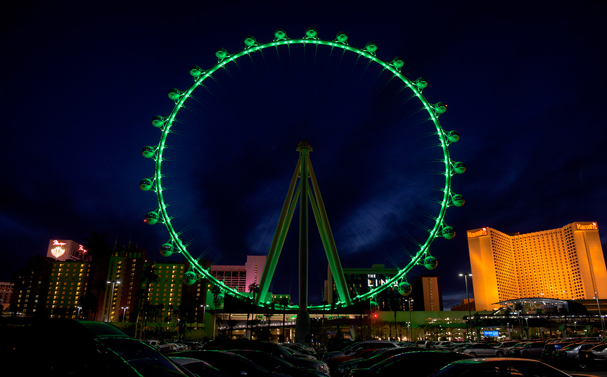 Green-High-Roller,-St-Patricks-Day-Las-Vegas,-LINQ-District