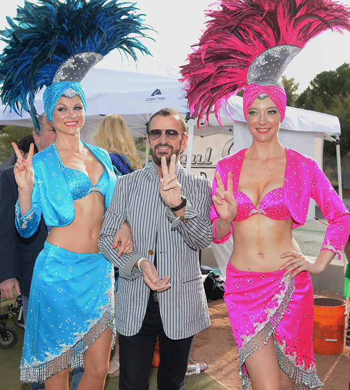 Ringo-Starr-and-Showgirls,-Las-Vegas