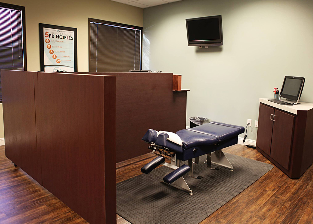 Chiropractic Table, Active Life Health & Wellness, Northwest Las Vegas