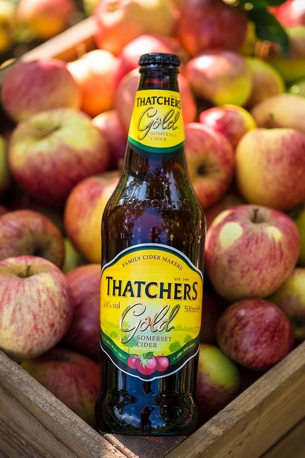 Thatchers Gold With Apples