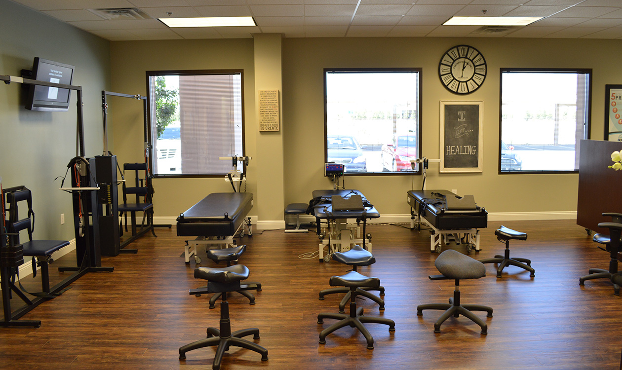 Treatment-Area,-Active-Life-Health-&-Wellness,-Chiropractor-in-Northwest-Las-Vegas