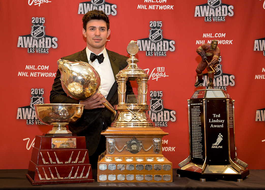 Carey-Price-of-the-Montreal-Canadiens-poses-with-his-four-awards,-2015-NHL-Awards,-Las-Vegas
