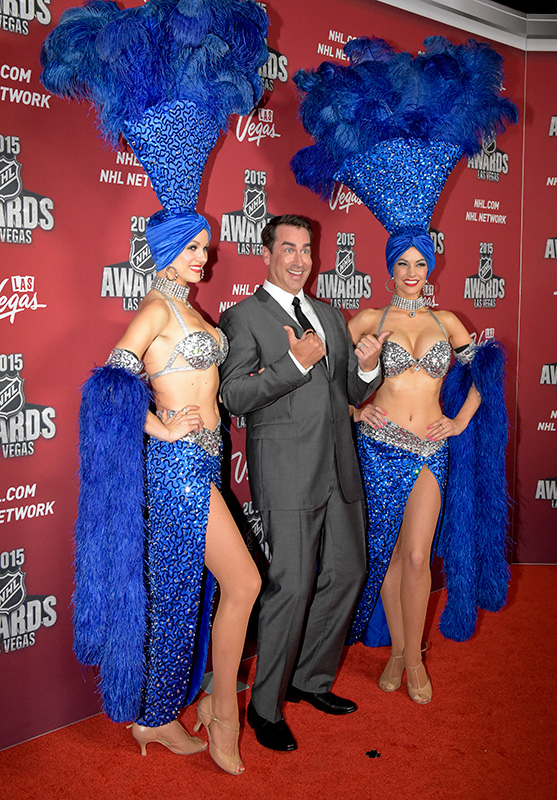 Rob-Riggle-on-the-red-carpet-at-the-NHL-Awards,-2015-MGM-Las-Vegas