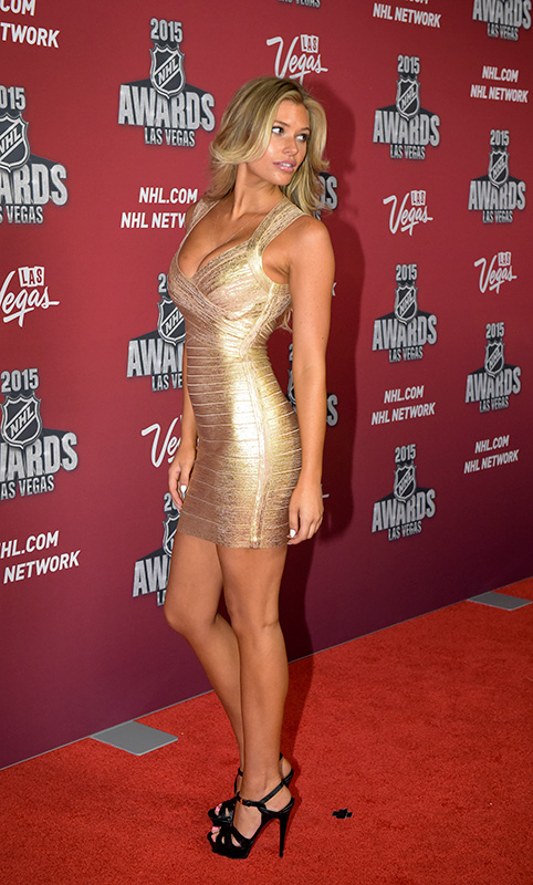 Samantha-Hoopes,-2015-NHL-Awards,-Las-Vegas