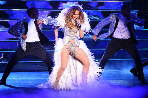 "Jennifer Lopez Debuts New Show ""Jennifer Lopez: All I Have"""