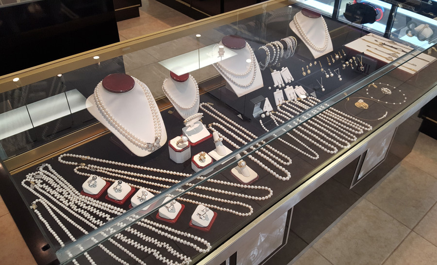 Pearls, Necklaces, Earrings, Morgan Taylor Jewelers, West Las Vegas