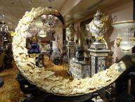 Regis Galerie, Luxury Art, Venetian